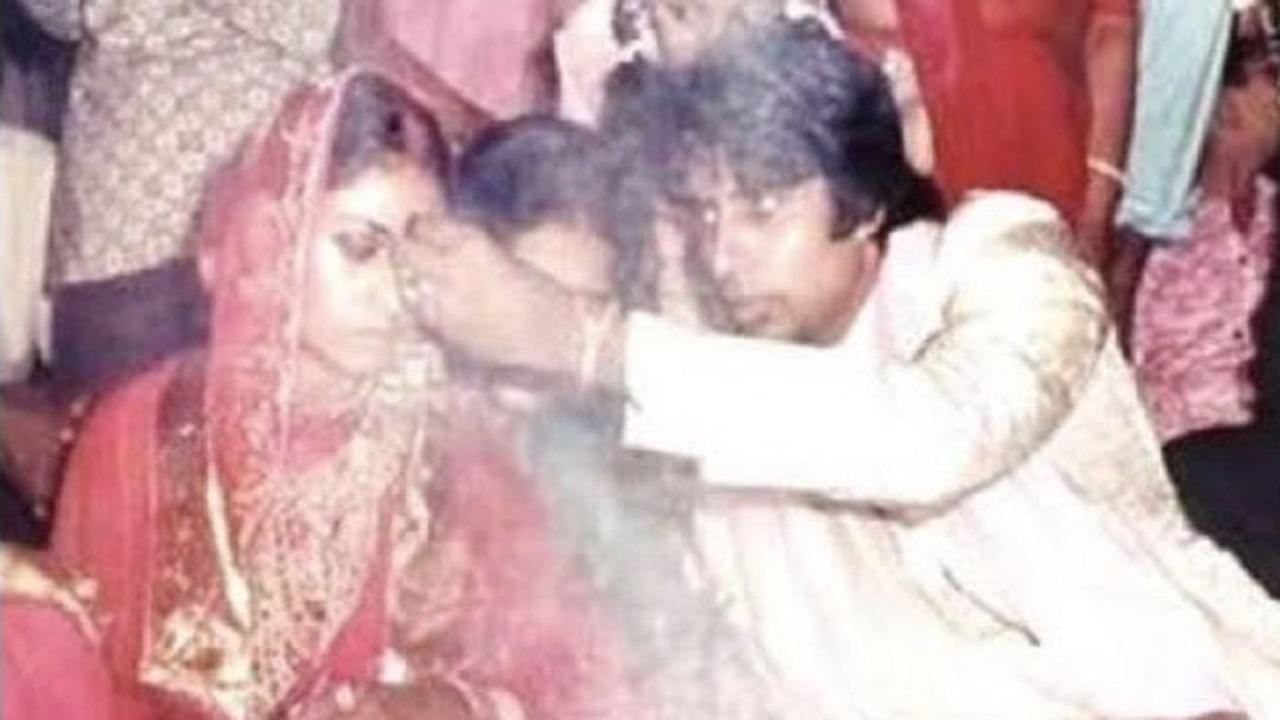 अमिताभ बच्चन और जया बच्चन की जोड़ी को 48 साल हो गए हैं