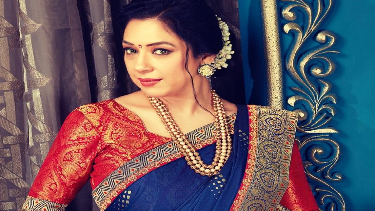 Anupamaa फेम रूपाली गांगुली ने खरीदी Thar | anupamaa actress rupali ganguly  bought mahindra thar shared photo on instagram - News Nation