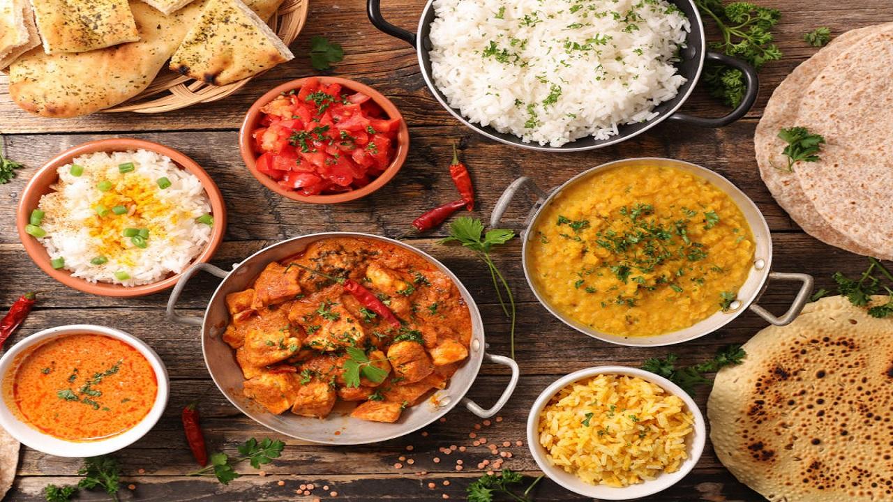 दिवाली के पांच दिन लें इन पकवानों का आनंद, धनतेरस से भैया दूज तक बिखेर