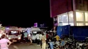 गुजरात के भावनगर में कोविड केयर सेंटर में लगी आग, ICU में भर्ती थे करीब 70  मरीज Fire in Covid Care Center in Bhavnagar, Gujarat, around 70 patients  admitted in ICU - News Nation